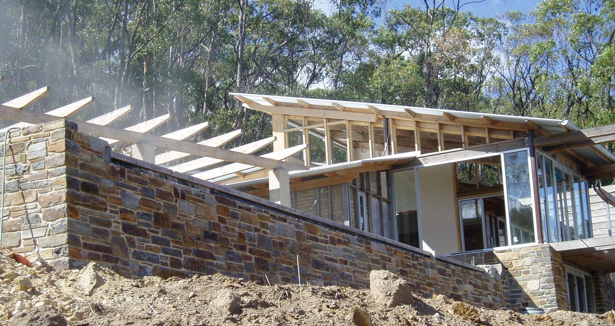 Houses ace brick and stonework stonemasons for Bluestone house